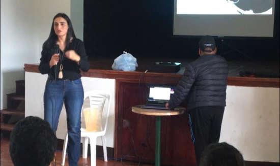 jhamile Abuabara little connexions apoya al emprendimiento colombiano marketing digital tansformación digital empoderamiento