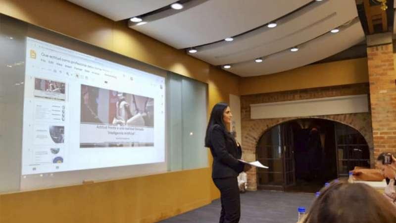 jhamile abuabara e-business consultant marketing digital transformación digital inteligencia artificial empresaria speaker